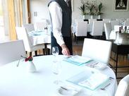 現在はホテルのレストランサービスStaffを募集中★未経験でもチャレンジできるシンプルなお仕事ですので、ご安心くださいね!