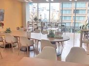 \キレイで充実した環境/ オフィスも休憩室もステキな雰囲気!無料ウォーターサーバーや格安の飲料もあって快適です!