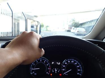 【配送スタッフ】※普通自動運転免許必須※1週間の研修もあるので、運転できれば未経験者でもOK♪盛岡市内近郊への配送をお願いします。☆