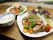 まかないの種類は無限大♪毎回違う料理が出るので、いつも新鮮でワクワク♪食費が浮くのも大きなポイントです★