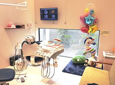 【歯科衛生士】~完全個室~ 暖かみのある、癒し空間で働こう*゜「人と話すことが好き」「子供が好き」という方、特に大歓迎しています♪♪