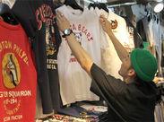 アメ横の服屋といえば【 アメリカ屋 】というくらい歴史の長いお店!流行ものからコアなアイテムまで幅広くセレクト★