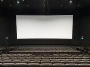 ≪映画好きには嬉しい特典≫3D作品を含め、最新映画を上映中★ 映画が趣味!というスタッフが多いので話も盛り上がります♪