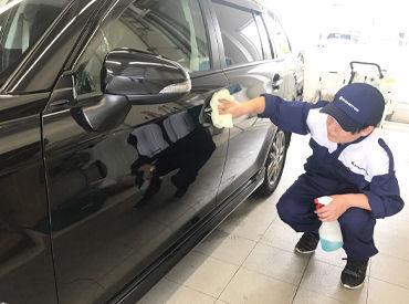 <未経験からもOK!!>様々な車が見られます!車好き大歓迎★先輩スタッフが丁寧にレクチャーするから初心者も安心♪