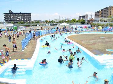 夏限定バイト!!大人気のプールでのお仕事です♪未経験者さん大歓迎◎高校生もOKです!