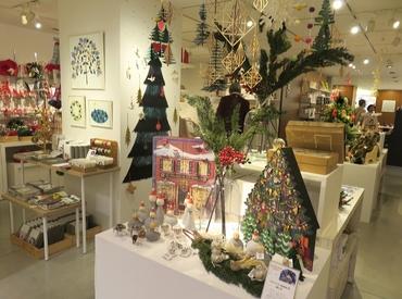 【デザイン雑貨販売】≪クリスマスまでの短期限定♪≫デザイン性のある商品を中心に取り揃えた伝統あるセレクトショップでお仕事♪