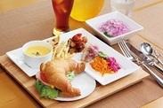 ≪社員食堂でのお仕事≫ 調理補助と定食出しをお願いします♪