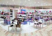 \未経験さんも大歓迎/ 【ショッピングセンター内】のお店だから 出勤の前後にお買い物や、食事も楽しめちゃいますよ◎