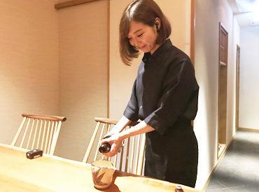 """【ホールStaff】\有名グルメサイトでも高評価/落ち着いた雰囲気の日本料理店◎■未経験でも""""時給1250円""""♪■""""実際のMenu""""がまかないです♪"""