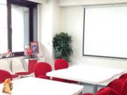 キレイなオフィスは全館禁煙!ビルの中に喫煙室もあるので、全員が快適に仕事ができます♪