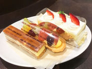 面接時に当店自慢のケーキをご用意しお待ちしております!試食しながら楽しくお話しましょう♪