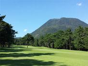 ≪勤務先は、美しい自然に囲まれたゴルフ場≫青々とした夏の山から、涼風が吹き抜ける…*・.+゜ 空気がおいしい場所です♪