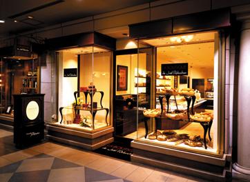 フレンチの世界的シェフであるジョエル・ロブション氏がプロデュースした人気店!そこで事務のお仕事をお任せ♪
