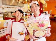 オシャレな制服も人気なんです☆学生~主婦さんまで幅広い方が活躍中!