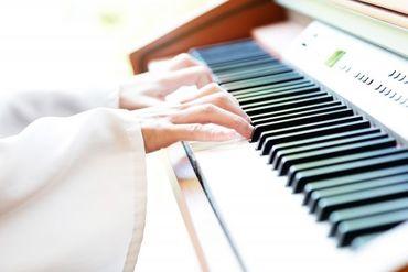 運転はありません♪ 移動中は助手席に座っていればOK◎ ピアノは2人で協力して運ぶので、 想像しているよりも簡単です!