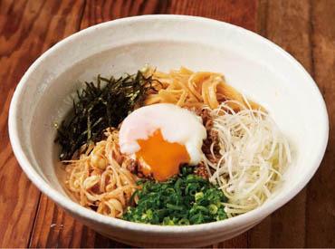 【ホール】□■昨秋リニューアルしたばかり■□日本食が大切にしてきた「風味」にこだわった、和のラーメンを堪能できるお店がOPEN!