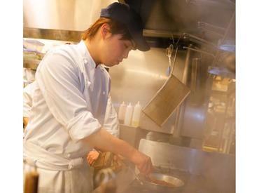 【キッチンStaff】オープニング◆◇新しい料理ジャンルに挑戦したいならお洒落なMenuを作れる【オステリア】★<充実研修・サポートあり>