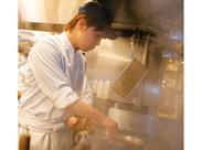 ※写真はイメージ イタリアン、和食、中華など別ジャンルからの転職もOK♪もちろん飲食未経験も!安心してstartできる待遇充実◎