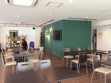 ★快適な社内環境★ お昼時間にはカフェみたいな 休憩スペースも自由に利用OKです♪ 毎日のびのび通えます★
