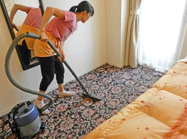 掃除機をかけたり、アメニティを補充したり、 シンプルなお仕事です◎ <朝~お昼まで>の短時間で、 さくっと稼ぎましょう♪