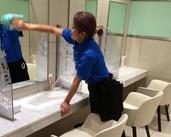 女性スタッフ活躍中!鏡をふいたり、店内をキレイにするシンプ作業♪未経験の方もすぐに慣れますよ♪長後エリアも同時募集中!