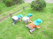 0~5歳児の保育補助をお願いします★公園に遊びにいったり、園内の砂場で遊んだり…♪みんな楽しく働いています◎
