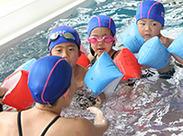 """小学生クラスを中心に、3歳~中学生までのコースを担当していただきます。水泳は""""学校で習った程度""""でOKです★"""