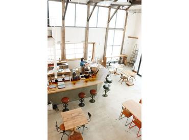 【ホール/キッチン】\経験・年齢不問!/コスメブランド『shiro』が展開するカフェでお仕事!週1日~OK◆ノルマなし&残業少なめ