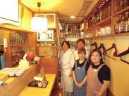 自分の作った料理でお客様が笑顔になるのを間近で見れる、距離の近いお店です☆優しい常連さんばかりだから未経験にオススメ!