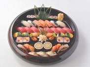 絶品賄いは寿司店ならでは♪当社は全国すし技術コンクールで受賞するなど、確かな技術で有名!