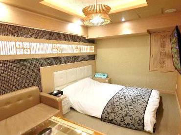 \HOTELまでは湯島駅徒歩1分/ 長期勤務できる方、大歓迎です! 一緒に上を目指しましょ♪