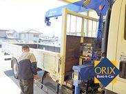 オリックス自動車では、トラック等の レンタル業務も取り組んでおります。 経験や免許を活かして 幅広い年代の方が活躍中です◎