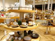 思わず自分も欲しくなる!?こだわりの商品が揃っています♪地域や観光客の皆様に愛されるお店を一緒に作りましょう!