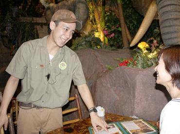 【ホール】*\ゾウ!?熱帯魚!?…まるでジャングル★/*ココで一緒に探検する「仲間」を大募集!!新生活応援◎イクスピアリ内でオシゴト⌒☆