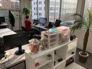 【Webライター】+。・゚憧れのWebサイト制作*:。+ブラインドタッチができればOK◎オフィス移転!お洒落なオフィス♪<土日祝休み><服・髪自由>