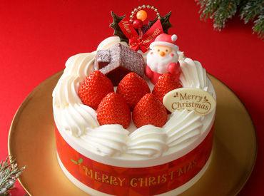 クリスマスの時期だけ◎!!人気のレアバイト♪+.゜ 少し慌ただしいですが、 ウキウキとした楽しい気分の中で働いていただけます◎
