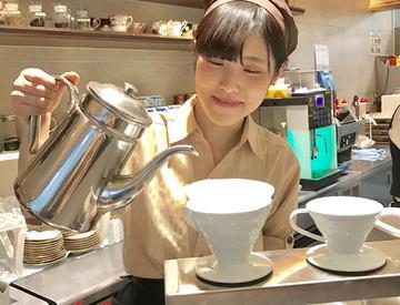 【カフェstaff】\ 羽田空港屈指のRetroカフェ★ /ハイクオリティーのコーヒーをご提供♪*。6:00~20:00の内、好きな4時間~でOK!!