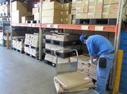 運ぶのは配送物を守るシートなどの軽いものがメイン。 だからシニア世代も働きやすいんです♪