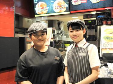 ≪珍しいデリバリー専門店です!≫ お客様の来店がないので、 黙々と働きたい方大歓迎! バーガーの製造など楽しい仕事ばかり!