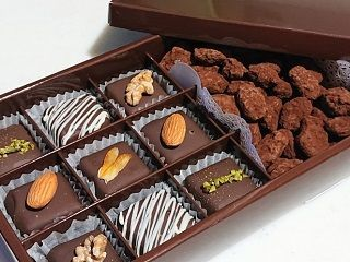 【チョコレート販売】即日歓迎★食品販売経験があればOK♪20代~30代スタッフ活躍中!制服支給あり♪