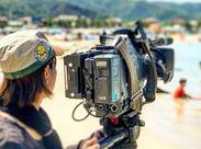≪≪NEW STAFF歓迎★≫≫ こんなロケ撮影から海外撮影、スタジオ撮影まで、いろいろなお仕事に携わることができますよ♪