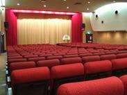 若者からお年寄りまで、多くの人に愛される映画館です。映画好きであれば、どなたも大歓迎♪