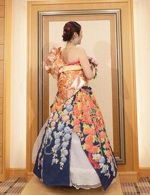お客様の美しさを最大限に引き出す着物ドレス+*着なくなった振袖をドレスにリメイク★結婚式やイベントなどで流行っています♪