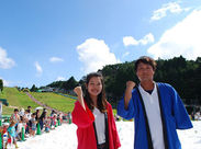 10~20代の男性スタッフがイベントを盛り上げています! 夏限定★六甲山カンツリーハウスで働こう◎