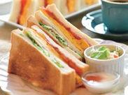 ↑↑ふわっふわの卵焼きを挟んだ手作りサンドウィッチ♪ ぬくもり感じる素敵空間【Cafeルチア】で一緒に働きませんか☆