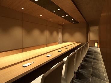 著名人にも人気の、金沢生まれの名店が六本木に初登場◎ 洗練された、清潔感ある特別空間です。