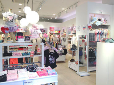【子ども服の販売】人気子ども服ブランドのアウトレット店♪*゜メゾピアノ、ポンポネットジュニア…などカラフルで可愛いお洋服たちが大集合☆