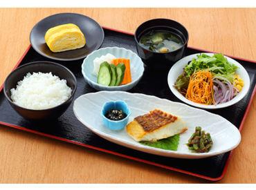 岡山産を中心に、産地や素材にこだわった五感のできたて朝ごはん☆彡 一緒にお客様にお届けしましょう♪