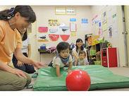 ≪未経験OK/知識不要★≫ 座学だけでなく、体を動かすトレーニングもあります!指導の仕方はゼロからお教えしますよ♪