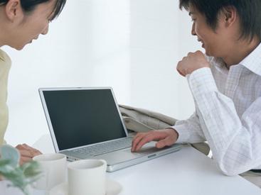 【インターネットカフェスタッフ】駅からスグなので通いやすさバツグン☆学生さんも勤務OK!先輩スタッフがしっかり業務をお教えします♪